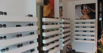 Arredi per negozi e uffici - Falegnameria Alfa - Brescia